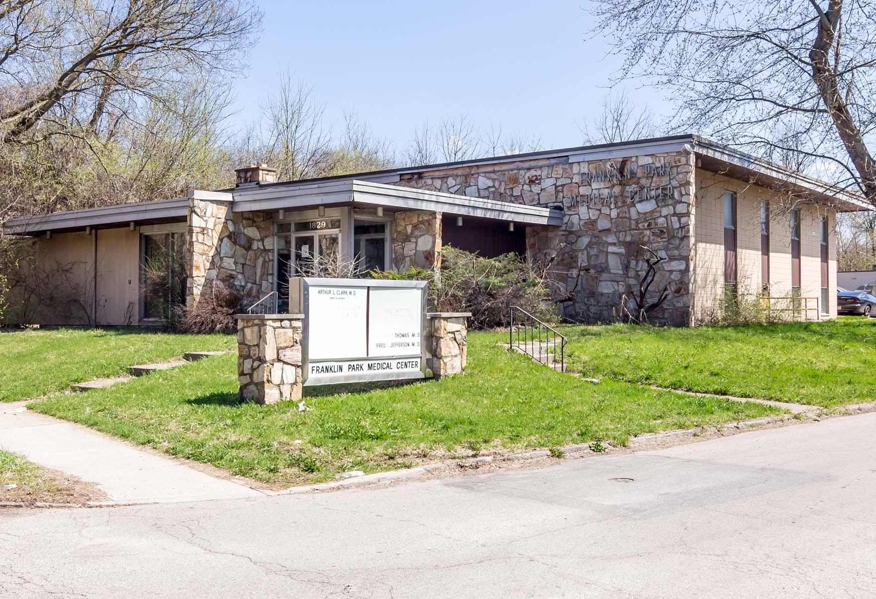 Franklin Park Medical Center (1962)