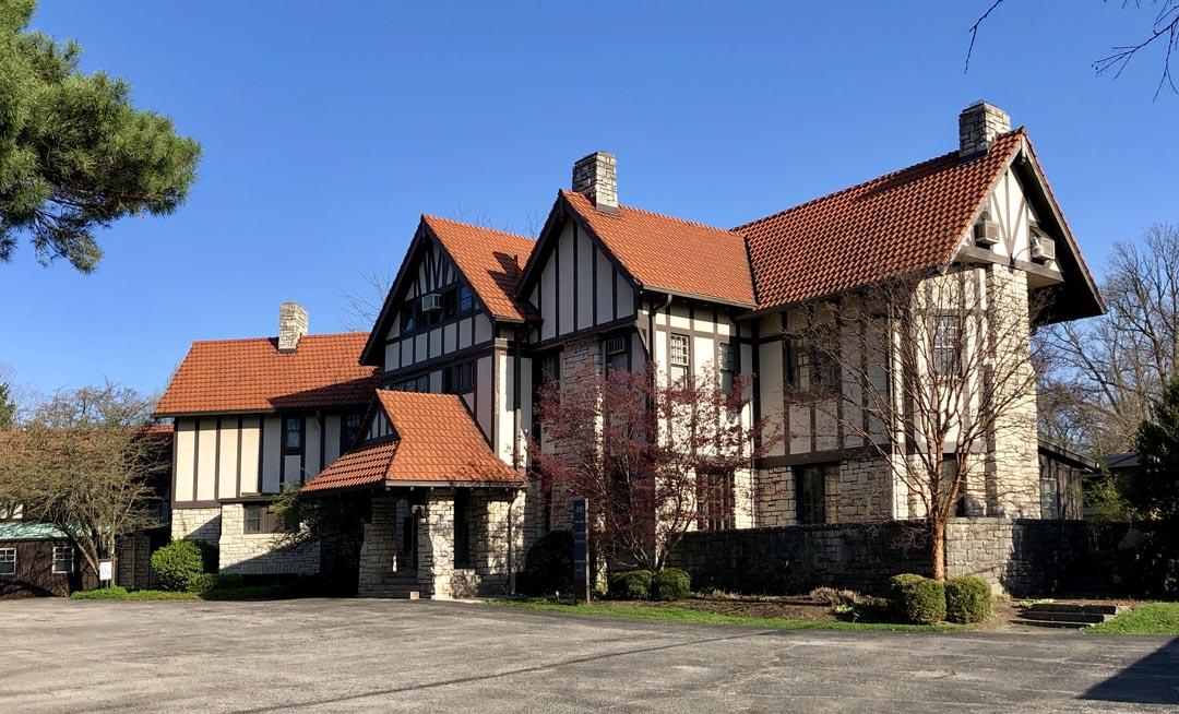 Marble Cliff Gateway Mansion